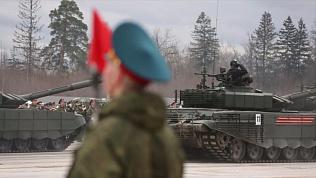 Минобороны РФ опубликовало клип о подготовке в Параду Победы