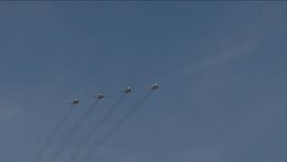 Четыре бомбардировщика пролетели над парадом Победы в Челябинске