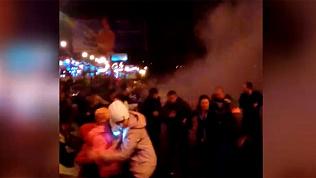 В Челябинске залп салюта взорвался в толпе людей