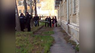 8-летняя девочка погибла после падения с балкона в Златоусте