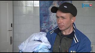 Новорожденного ребенка скончавшейся в Сатке многодетной мамы отдали родным