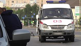 Водитель «скорой помощи» сбил студентку на пешеходном переходе в Магнитогорске