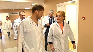Министр здравоохранения России посетила челябинский перинатальный центр