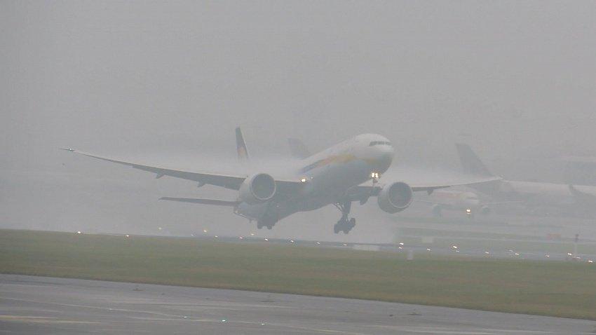 Самолет из Челябинска экстренно сел в Уфе из-за состояния здоровья пассажирки