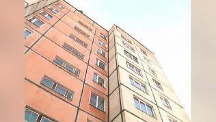 10-летний мальчик упал с крыши высотки в Челябинской области