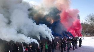 Челябинцы приняли участие во флешмобе «Триколор»