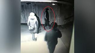 Грабитель в медицинской маске похитил несколько iPhone на 100 тысяч рублей