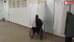 Для людей с ограниченными физическими возможностями избирательные участки оборудованы пандусами