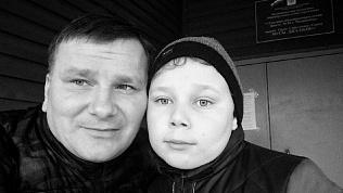 Пресс-секретарь Бориса Дубровского проголосовал вместе с сыном