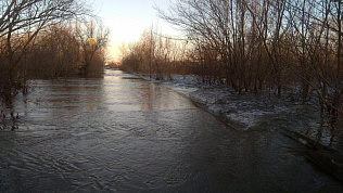 Пропускной пункт на границе с Казахстаном закрыт из-за угрозы паводка