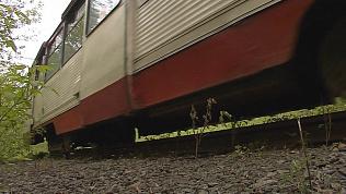 Неизвестные похитили 80 метров трамвайных путей