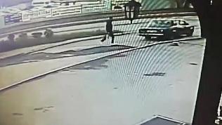 Последние минуты жизни заживо сгоревшего мужчины из Копейска попали на видео