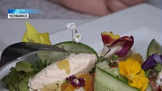 В ресторанах готовят блюда с цветами