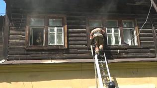 Буйная жительница Златоуста чуть не спалила себя и соседей