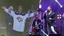 Баскова пригласили в хоккей, а Пьеху — на музыкальный баттл в День Металлурга