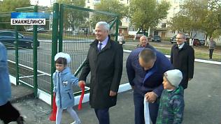В Еманжелинске благоустроили территорию детского сада