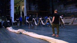 Подготовку Большого театра к постановке показали челябинцам