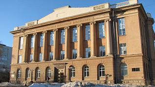 Публичную библиотеку с юбилеем поздравил Борис Дубровский
