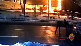 Челябинка в Москве напала на таксиста и завладела его машиной