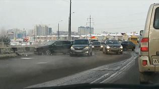 Массовая авария на Университетской Набережной попала на видео