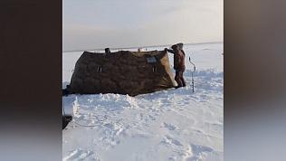 В Свердловской области 4 рыбака отравились угарным газом в палатке. Накануне они записали видео
