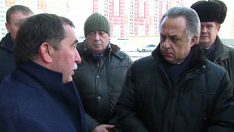 Вице-премьер Виталий Мутко прилетел в Челябинск