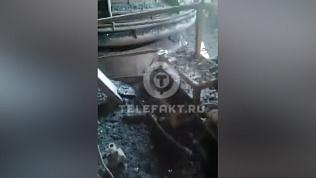 Цех на ЧМК, где утром сгорели двое человек, попал на видео