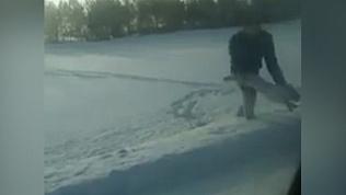 Охотник из Челябинска поймал зайца голыми руками