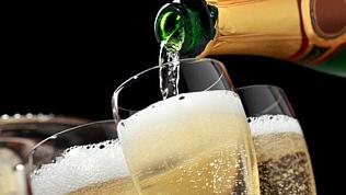 Продажи игристых вин в Челябинске выросли в 5.5 раз перед 8 марта