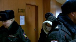 27-летняя челябинка, убившая своего парня шампуром, выслушала сегодня приговор. ВИДЕО