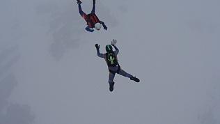 Поздравление с 8 марта на высоте 1500 метров. ВИДЕО