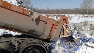 Более 60 тысяч бутылей токсичной «омывайки» уничтожили в Челябинске