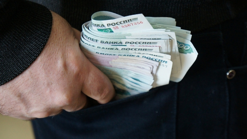 Южноуральский бизнесмен задержан за дачу взятки мэру Чебаркуля