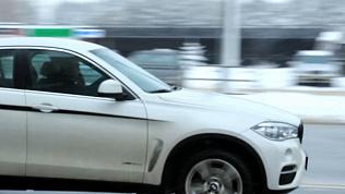 В Челябинске во время профилактического рейда ГИБДД задержали 5 водителей-болтунов