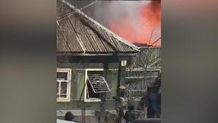 Героическое спасение детей из пожара в Чебаркуле попало на видео очевидцев