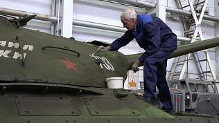 Как готовят легендарные танки ко Дню Победы. ВИДЕО
