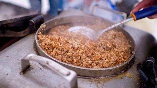 Жителей Челябинска угостят солдатской кашей из 5 полевых кухонь