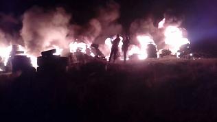 На Пасху в Миассе устроили сожжение покрышек. ВИДЕО