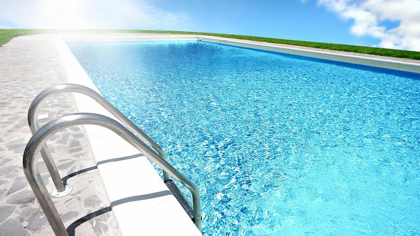 Химия для бассейнов — безопасный отдых в чистой воде