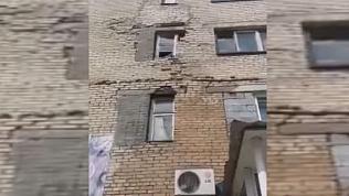 В Челябинской области после затопления «потекла» кирпичная кладка жилого дома
