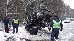 Водителя фуры будут судить за аварию с пятью погибшими на Южном Урале