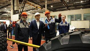 Алексей Текслер ознакомился с работой ракетного центра и автозавода «Урал» в Миассе