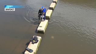 Трещину в дамбе Айского водохранилища изучают водолазы