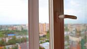 В Челябинске женщина, обворовавшая старушку, пыталась сбежать через окно