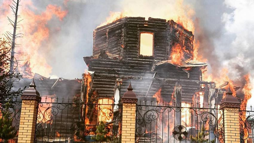 Сгоревший в Зауралье храм может остаться местом паломничества южноуральцев
