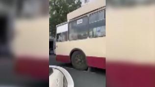Челябинские троллейбусы приостановили работу