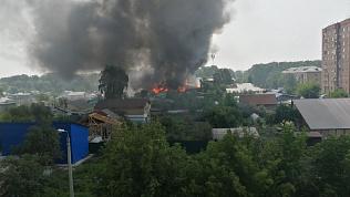 В Челябинске сгорела сауна