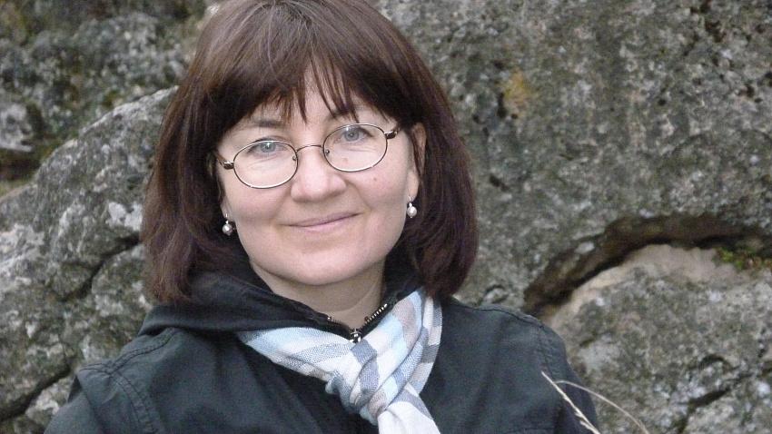 Вера Меркер: «Нужно помочь всем страдающим и еще живым ценным деревьям»