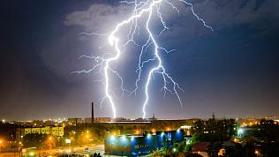 Челябинскую область ждут грозы, град и шквалистый ветер