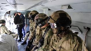 Челябинские СОБРовцы провели десантно-штурмовую тренировку